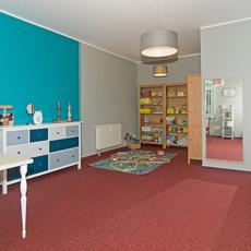 """Behandlungszimmer mit Spielecke der logopädischen Gemeinschaftspraxis """"Das cottbusser Sprechzimmer"""" - Zimmer 1 - Bild 6"""